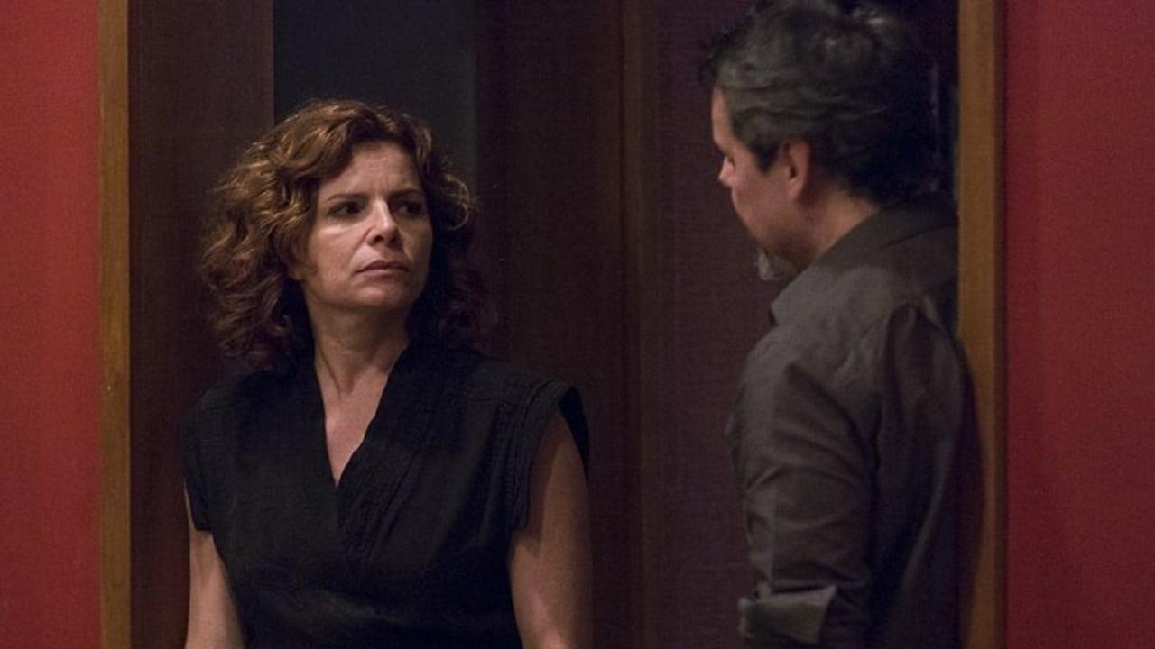 Elisa sees Vicente shoot Isabela