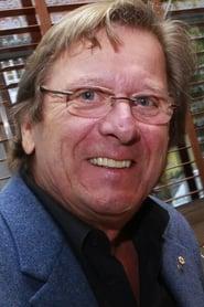 Albert Millaire
