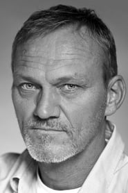 Ingvar E Sigursson