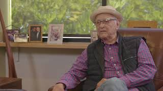 Norman Lear Trump Represents The Middle Finger Of The American Right Hand