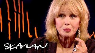 Ive kissed every James Bond actor  Joanna Lumley  SVTTV 2Skavlan